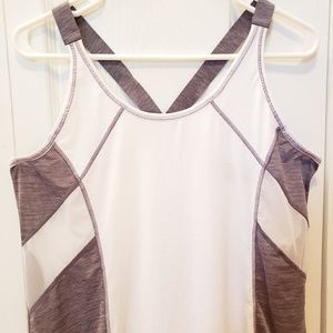 Athleta Runlight Singlet white tank top size L.